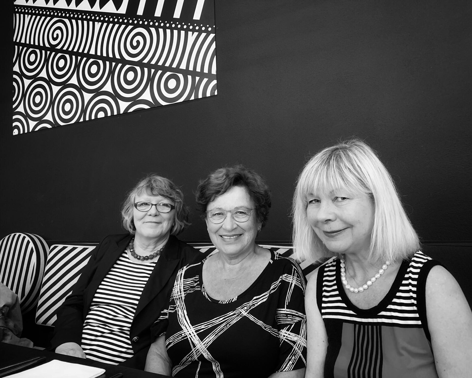 Three happy ladies @ Business Lunch